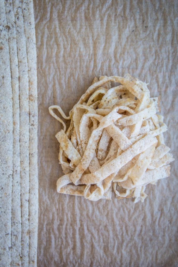Vegaaninen ketospagetti