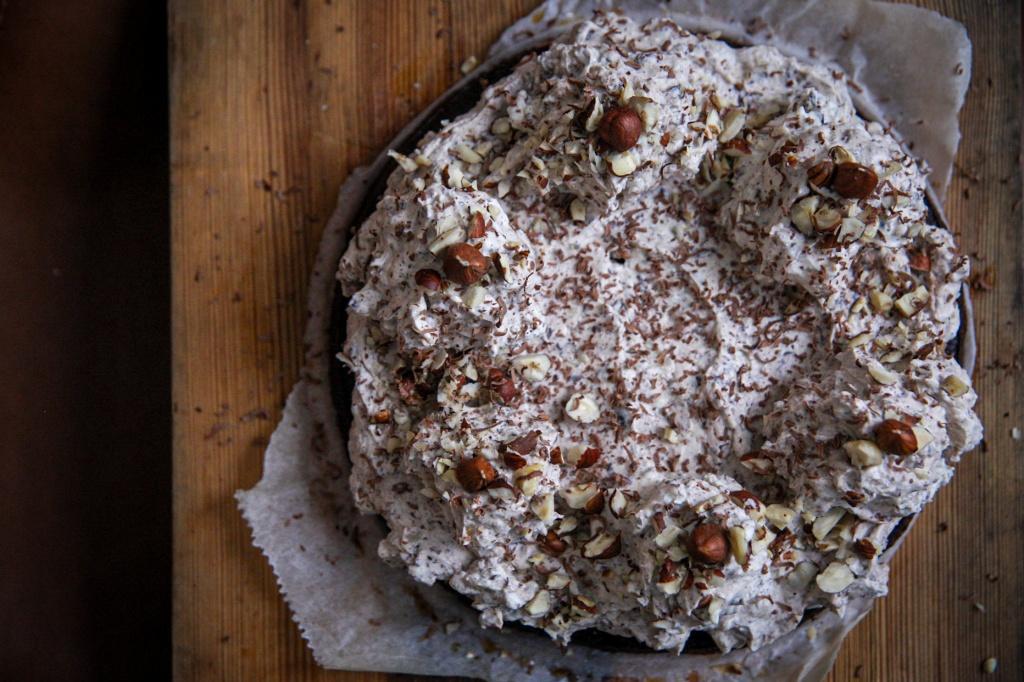 Vähähiilihydraattinen suklaa-juustokakku